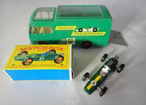 ロータスF1&BPトランスポーター ミニカー