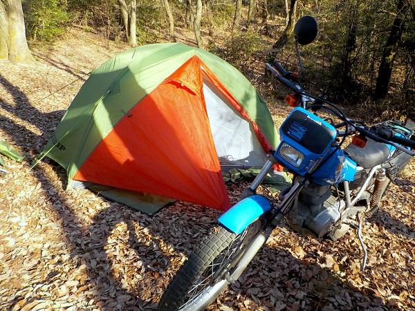 ダンロップR226・227テント 里山キャンプ