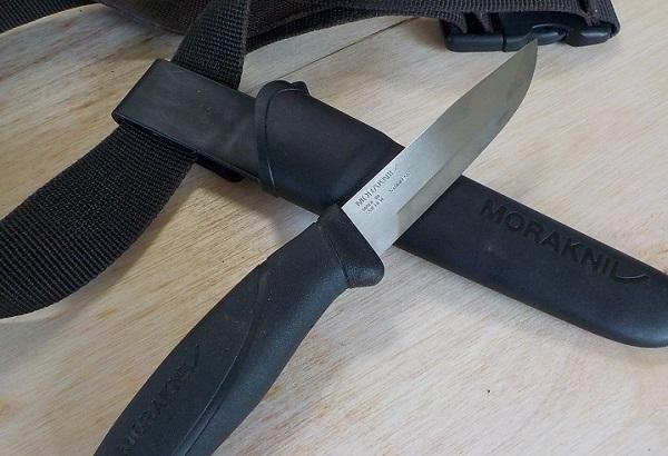 ウェーディングに必要なナイフ
