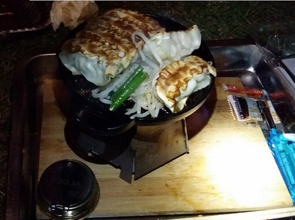 前室での夕食