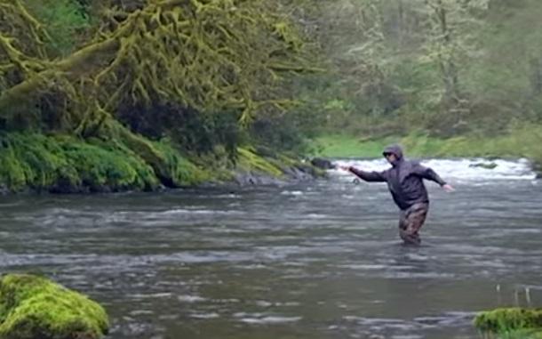 渓流釣り ウェーダー