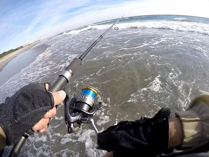 潮見坂海岸でヒラメ釣り