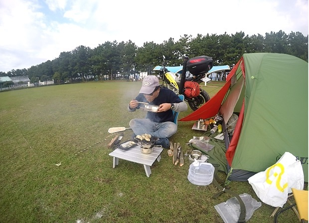 渚園 釣りキャンプ 2日目の朝食
