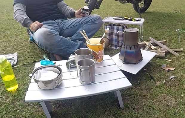 キャンプ場で食べる外飯は理屈抜きに美味い!