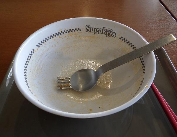 スガキヤの台湾ラーメン完食
