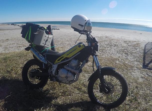 バイクで寺沢海岸にヒラメ釣り