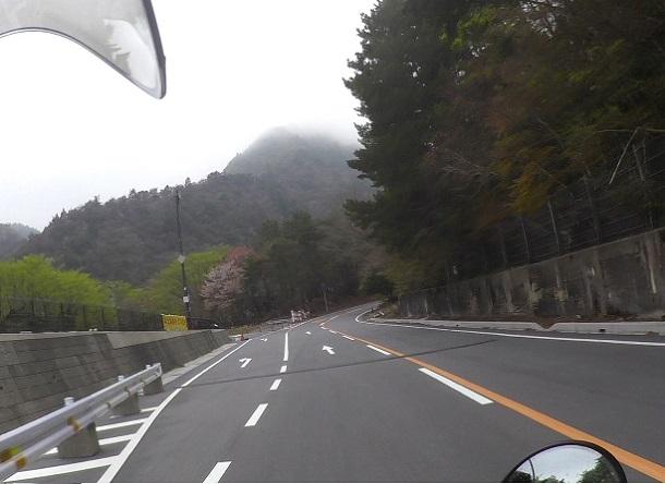 鈴鹿スカイラインで御在所岳登山道入り口を目指す
