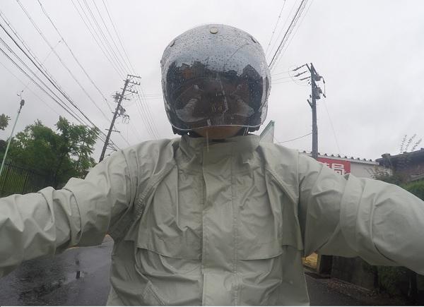 ジェットヘルメット シールド 雨