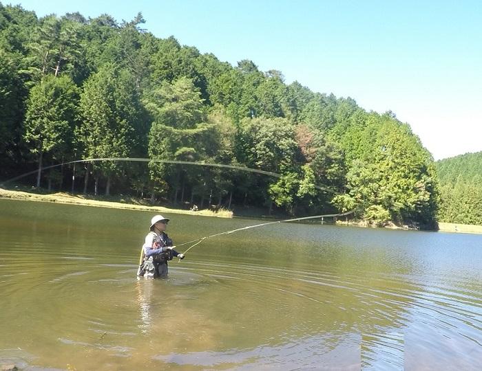 段戸湖でフライフィッシング