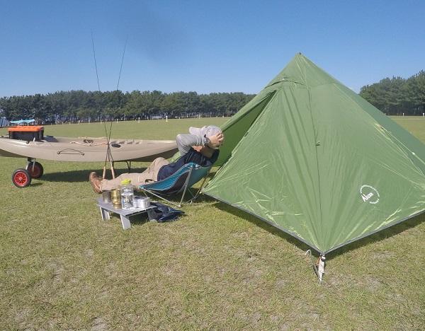 渚園 釣りキャンプ 休憩