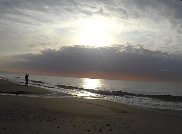 七根海岸での豊橋サーフゲーム開始