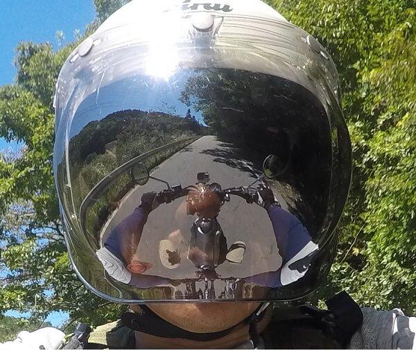 ジェットヘルメット シールド 視界