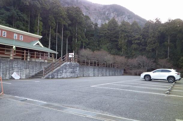 大貝戸道 駐車場