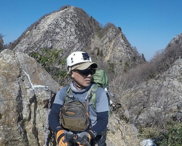 岳峠から見る鎌ヶ岳