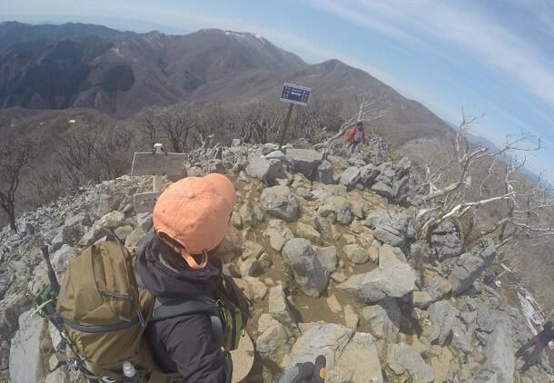 藤原岳 山頂からの眺め 御池岳方面