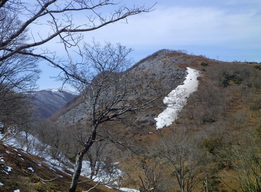 藤原岳から見た天狗岩