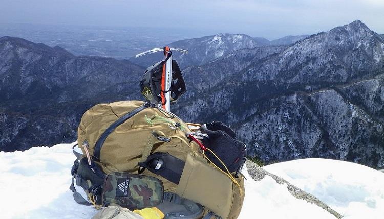 ミステリーランチ スクリーで雪山登山
