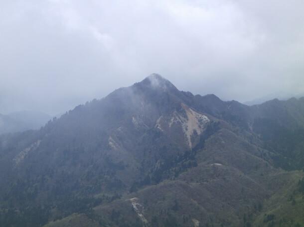 山上公園から見える鎌ヶ岳