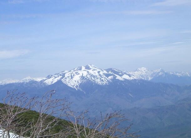 御嶽山から見る乗鞍岳