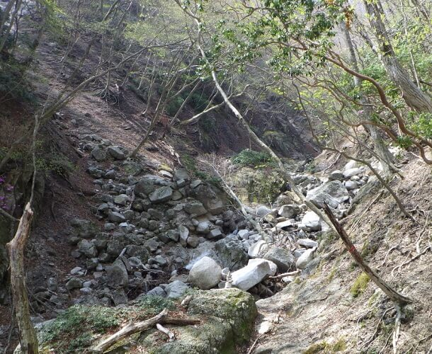 長石谷 枯れ沢