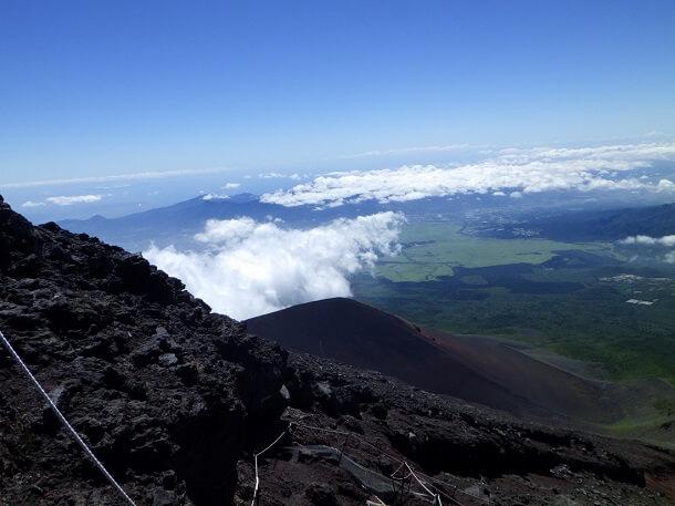 富士山 8合目からの眺望 宝永山