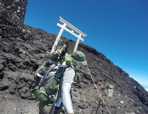 富士宮ルート 頂上 鳥居