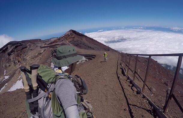 富士山頂剣ヶ峰からの下山