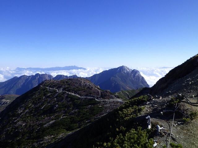 仙丈ヶ岳からの下山 甲斐駒ヶ岳