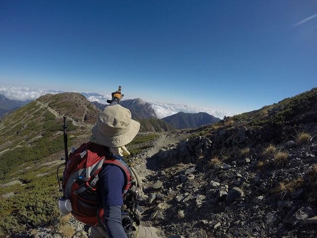 仙丈ヶ岳から下山