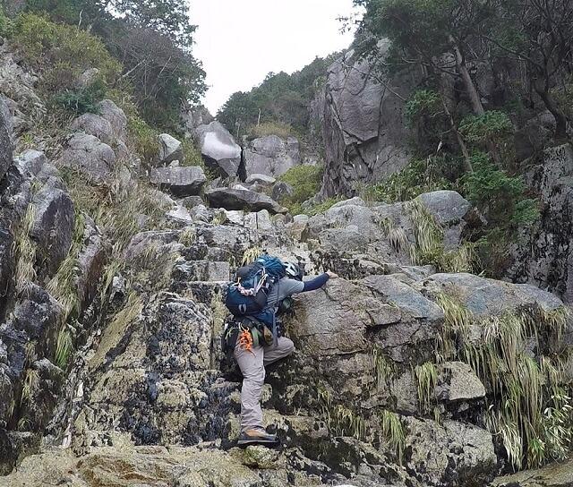藤内滝からコーモリ滝へ