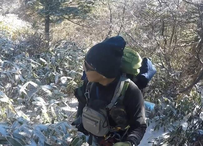 そろそろ恵那山の山頂