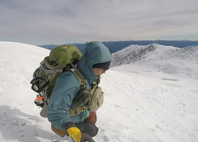 木曽駒山頂より下山開始