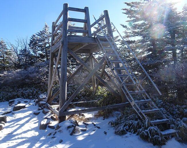 恵那山 山頂の展望台