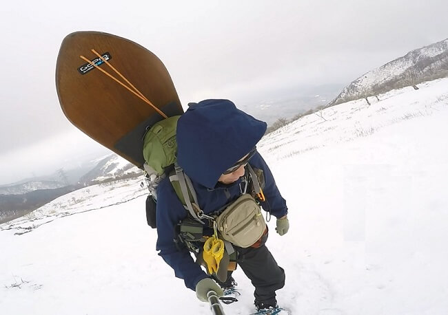 ワークマンのレインウェアで雪山登山