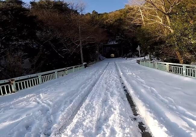 鈴鹿スカイライン積雪状況