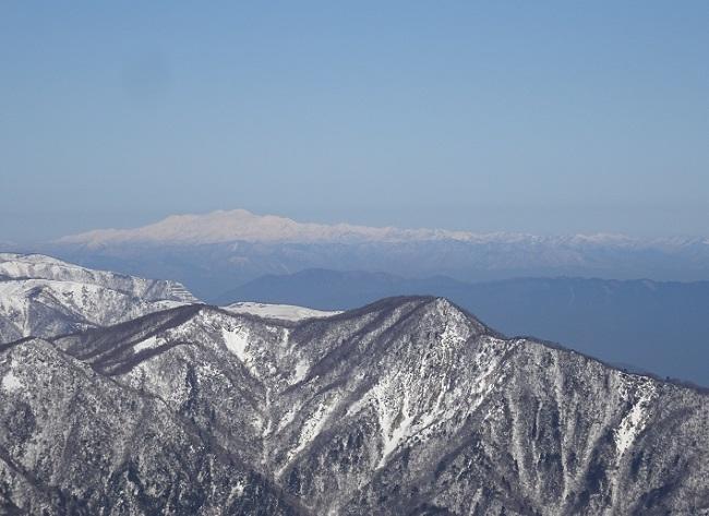御在所岳から見える白山