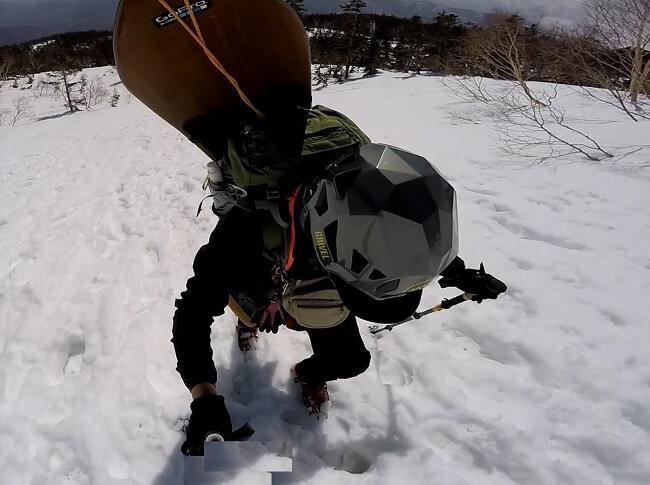 乗鞍岳登山 4月 アイゼン装着