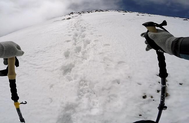 乗鞍 朝日岳の稜線を登る