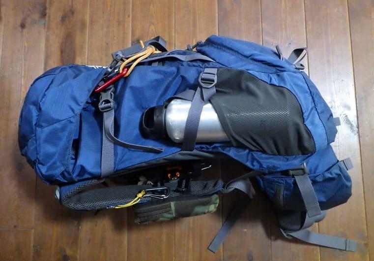 ランクス28 サイドポケットにボトルホルダー