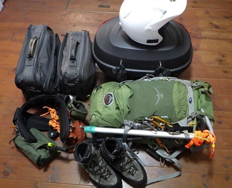 残雪期の富士登山 装備