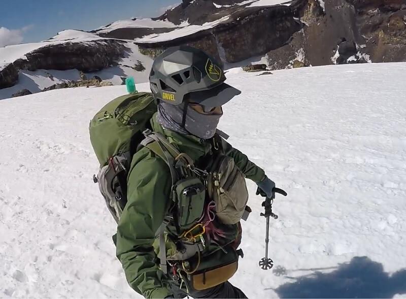 残雪期5月の富士登山の服装