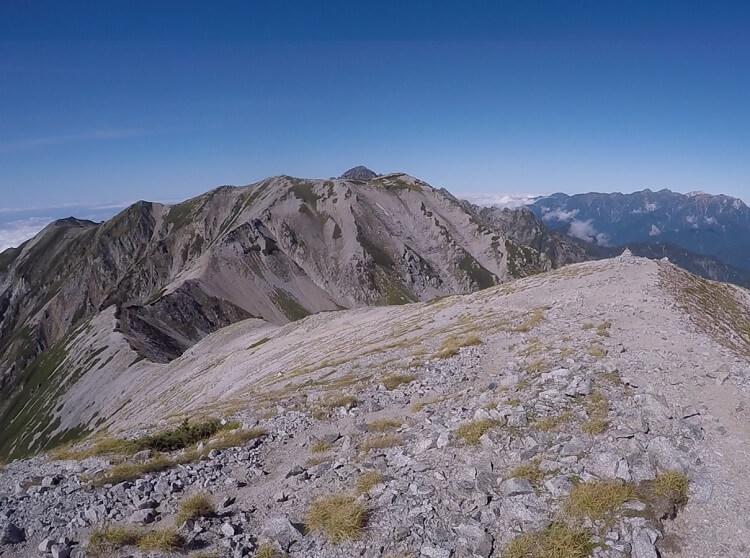 立山三山縦走 真砂岳から別山への稜線