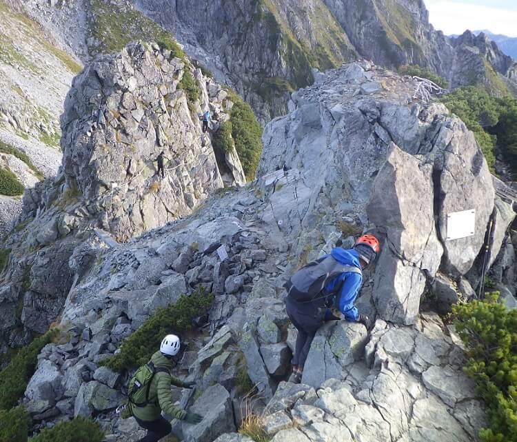 剱岳登山 五番目鎖場