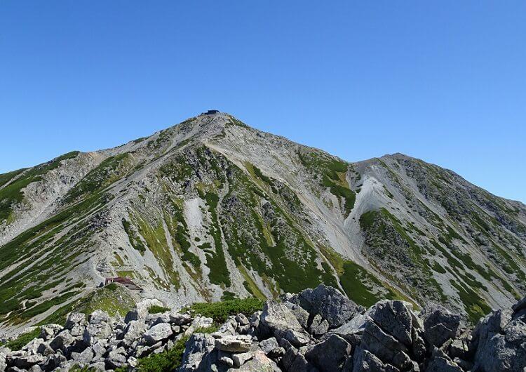 浄土山から一の越山荘、雄山を目指す