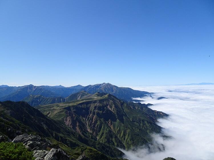 立山 浄土山から見る薬師岳