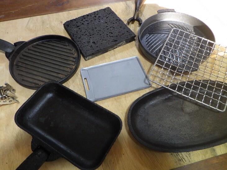 BE-PAL11月号付録の肉厚鉄板を各種鉄板・スキレット