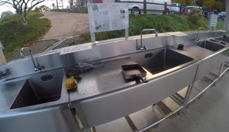 陣馬形山キャンプ場の水場・洗い場・炊事場
