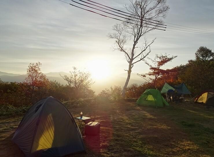陣馬形山キャンプ場 朝陽 日の出