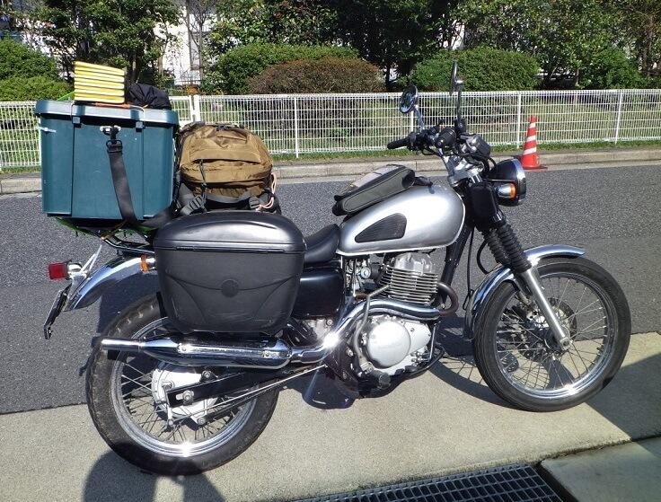 バイク キャンプツーリング 装備 積載