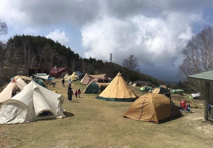 陣馬形山キャンプ場は無料